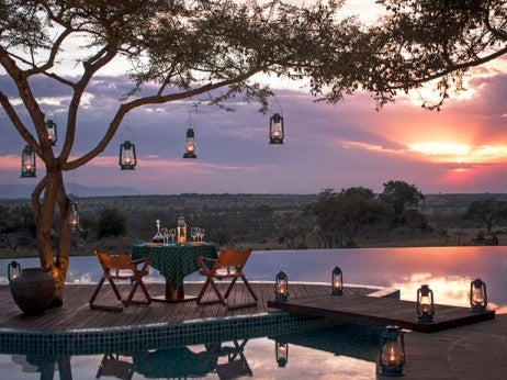Romantic dining, Four Seasons Safari Lodge Serengeti